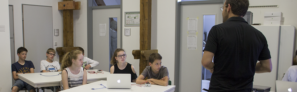 MINT-Sommerakademie_SFZ-Osnabrck_Media-und-Interaction-Design_slider_3022.png